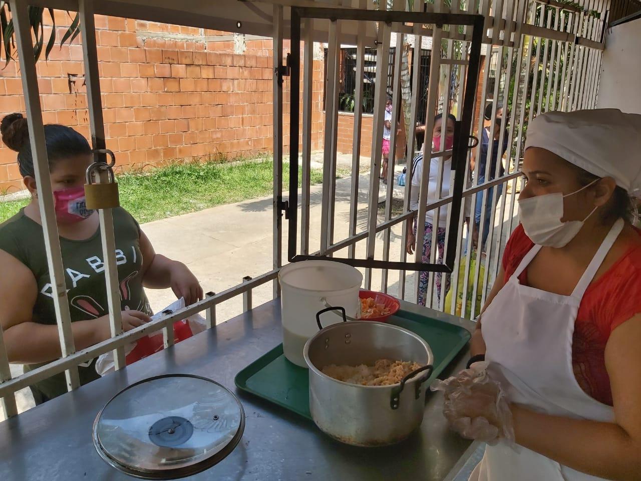 20.000 platos de frijoles se brindarán a las personas más vulnerables a través de 64 ollas comunitarias en Cali