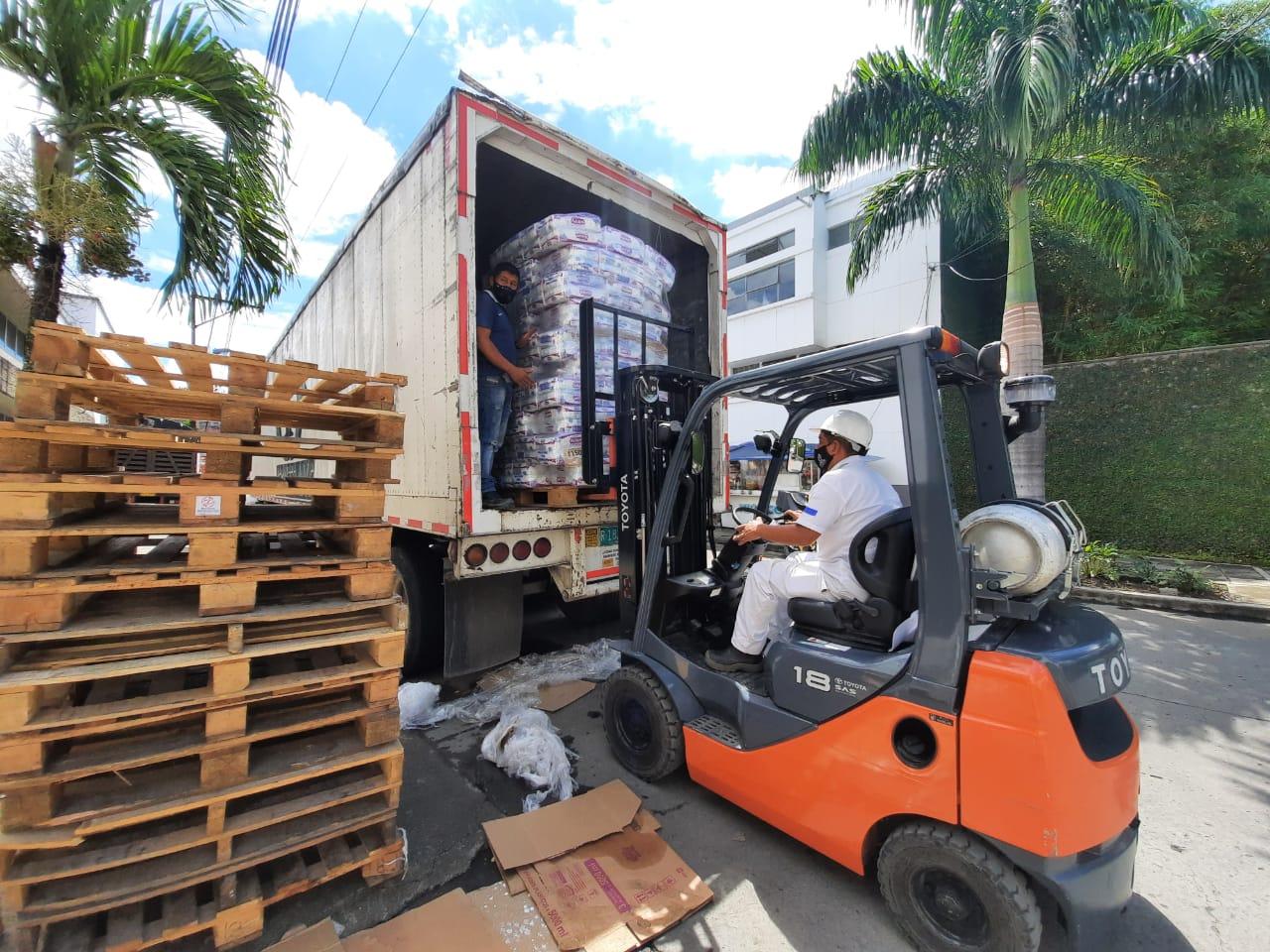 Read more about the article Ayuda humanitaria fue enviada a Providencia, Cartagena y Chocó