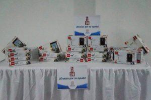 Entrega de donación de tablets por parte de Almacenes LA 14