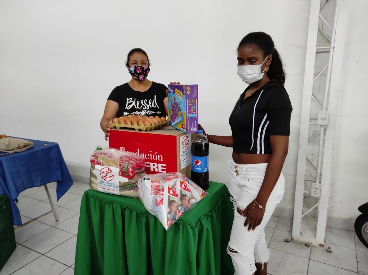 ENTREGA DONACIONES FUNDACIÓN DENOMINACIÓN PANAMERICANA POR LA OLA INVERNAL (1)