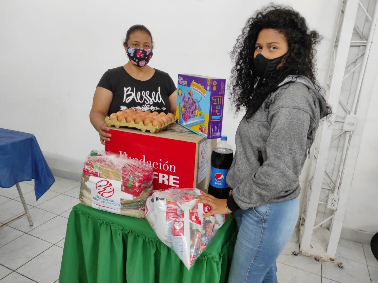 ENTREGA DONACIONES FUNDACIÓN DENOMINACIÓN PANAMERICANA POR LA OLA INVERNAL (14)