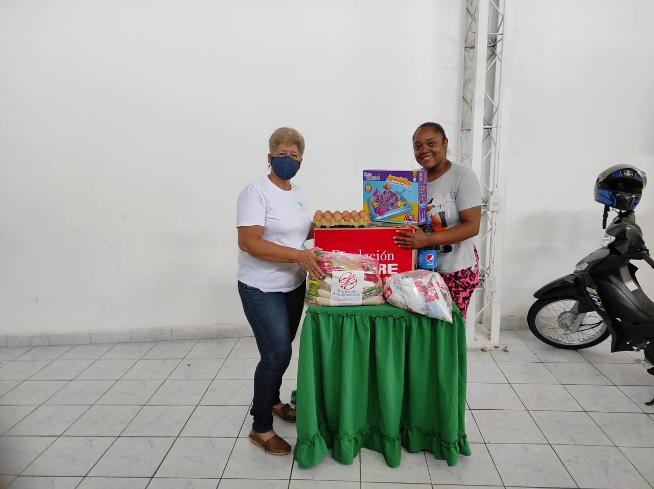 ENTREGA DONACIONES FUNDACIÓN DENOMINACIÓN PANAMERICANA POR LA OLA INVERNAL (22)