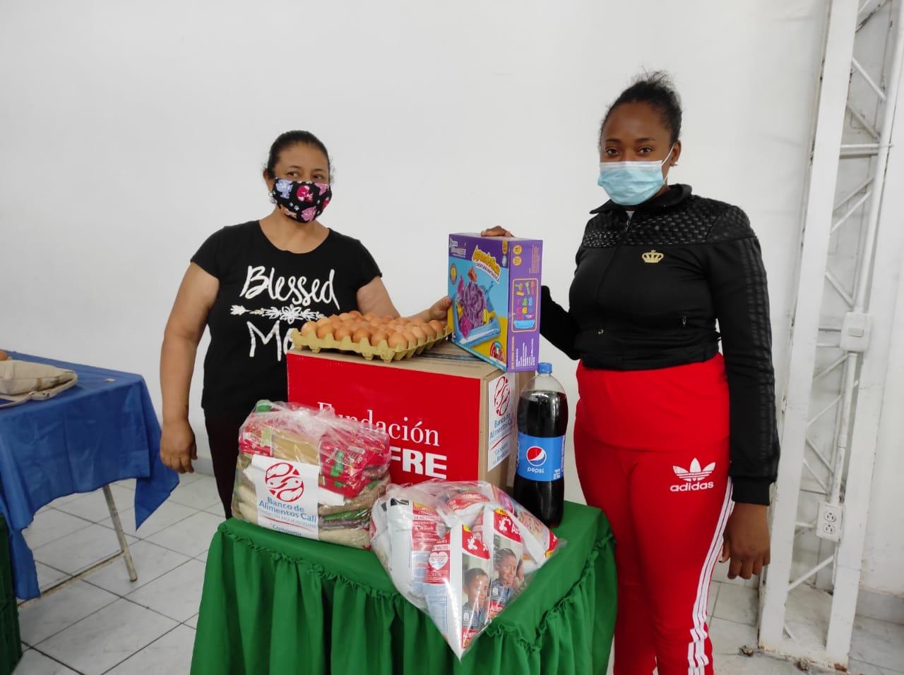 ENTREGA DONACIONES FUNDACIÓN DENOMINACIÓN PANAMERICANA POR LA OLA INVERNAL (24)