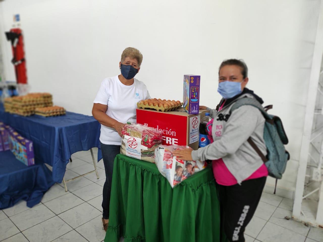 ENTREGA DONACIONES FUNDACIÓN DENOMINACIÓN PANAMERICANA POR LA OLA INVERNAL (4)