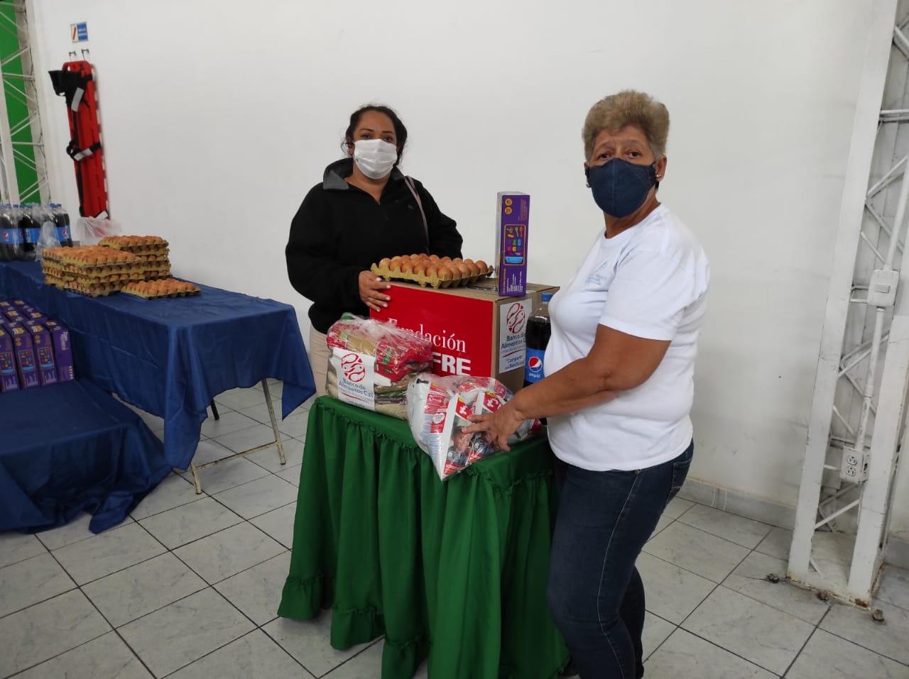 ENTREGA DONACIONES FUNDACIÓN DENOMINACIÓN PANAMERICANA POR LA OLA INVERNAL (6)