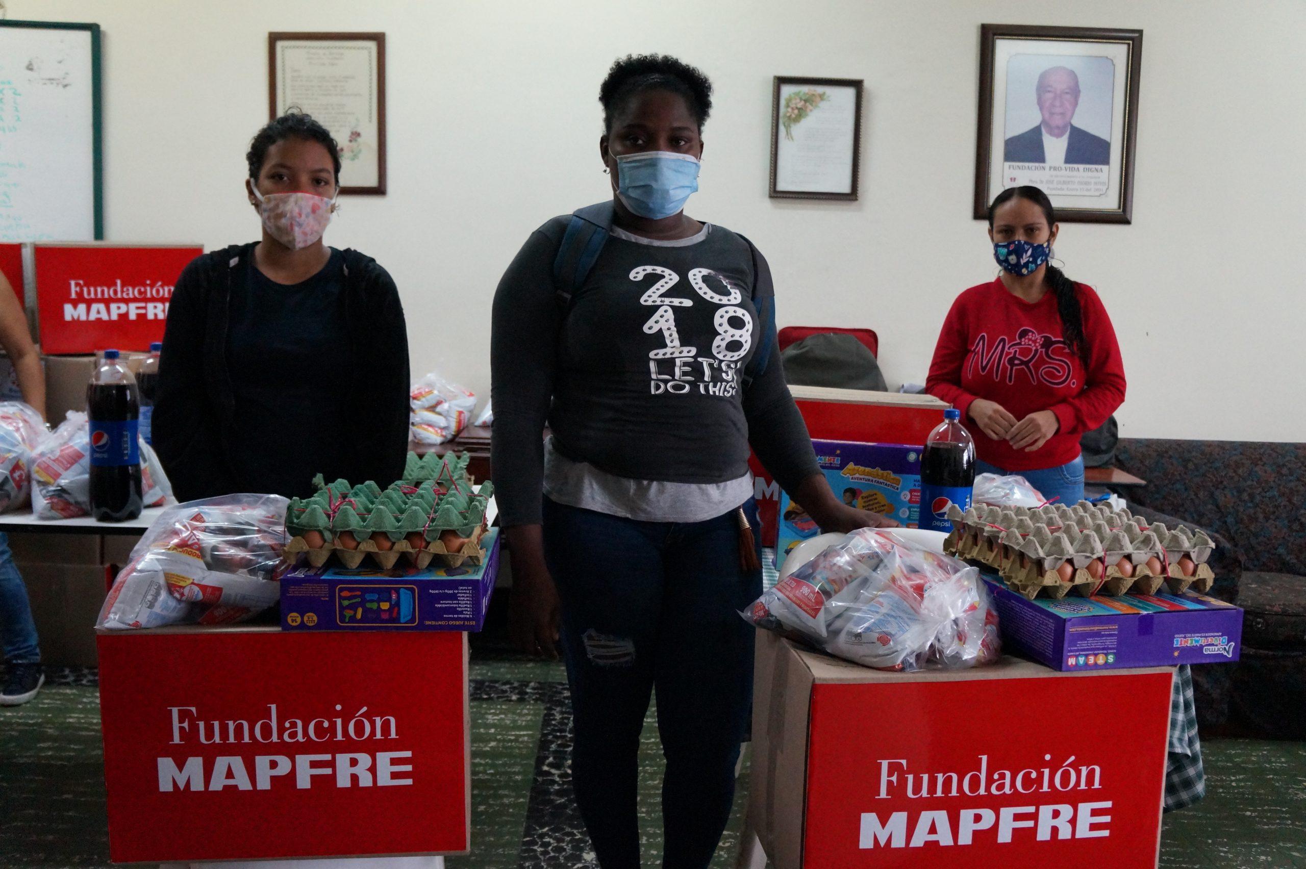 Entrega Donaciones Mapfre FUndación pro vida digna Mujeres lactantes (19)