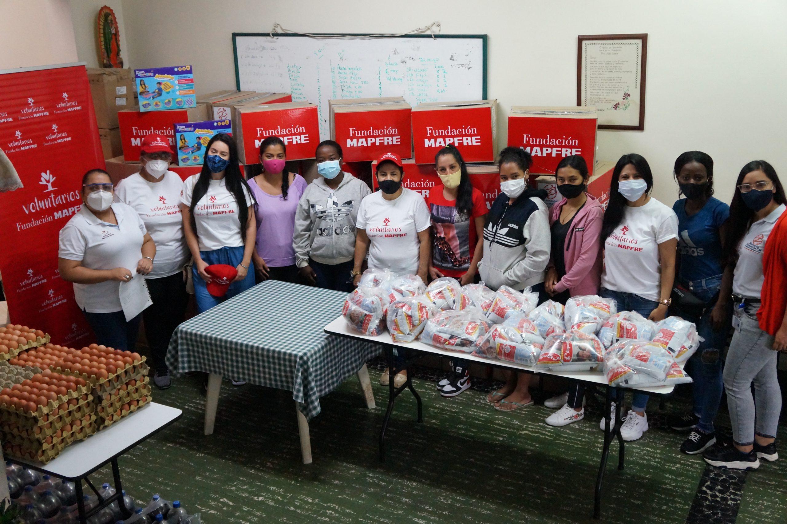 Entrega Donaciones Mapfre FUndación pro vida digna Mujeres lactantes (5)