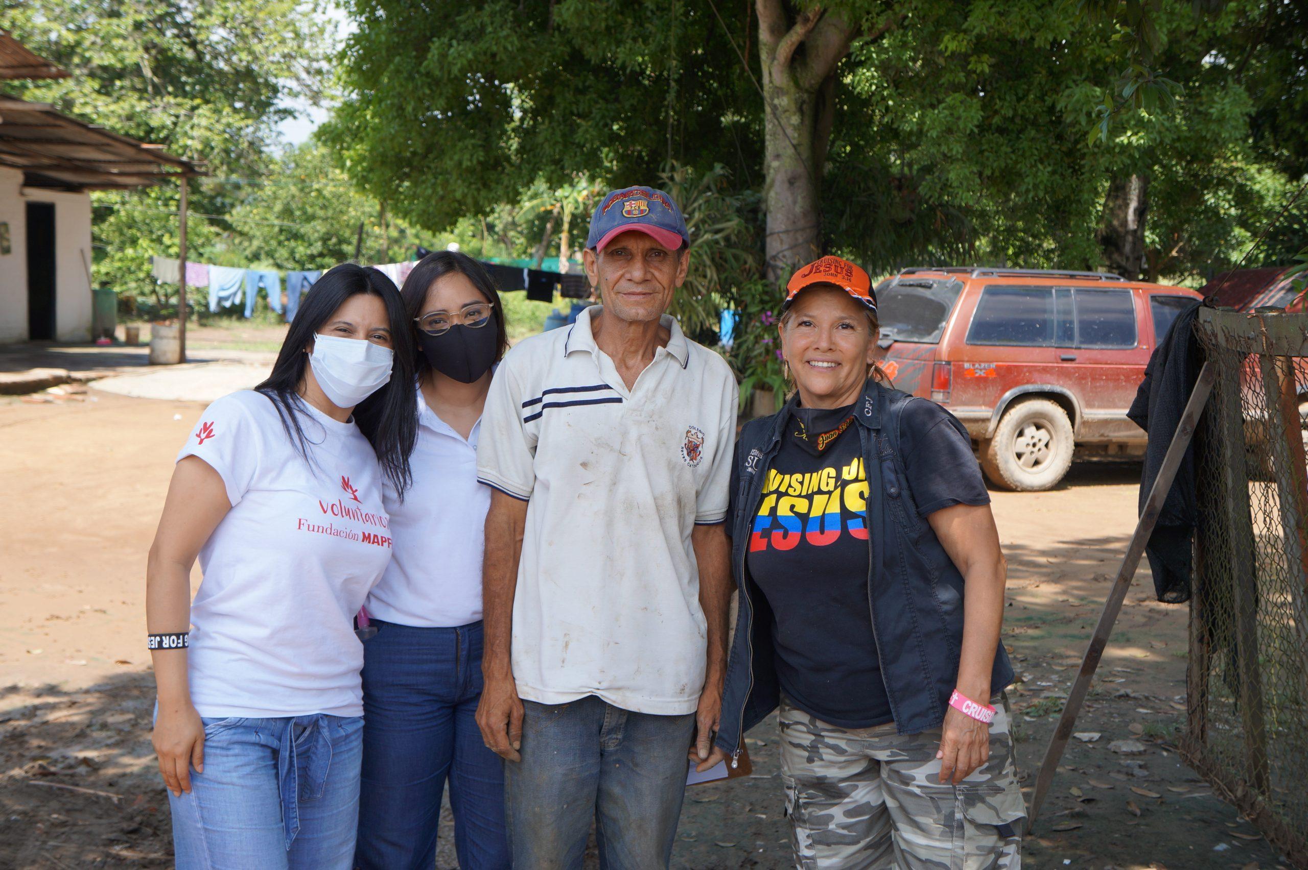 Entrega Donaciones Mapfre corregimiento Piles Fundación Cruising for Jesus (11)