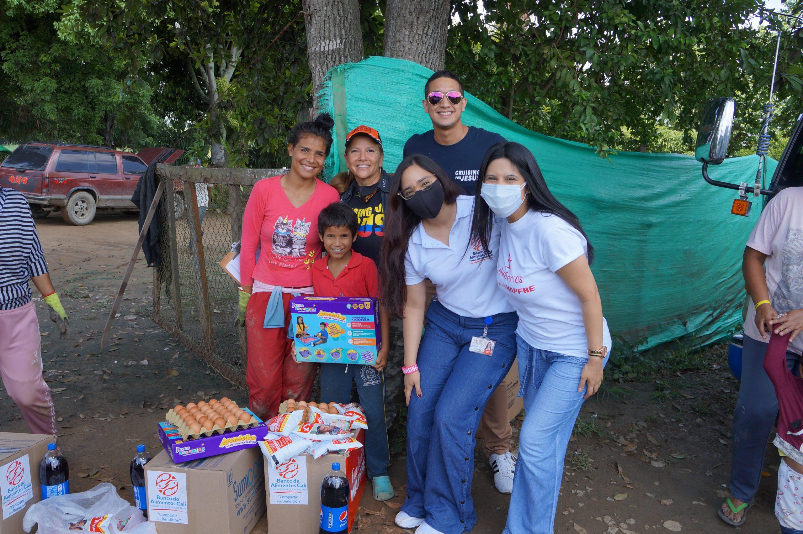 Entrega Donaciones Mapfre corregimiento Piles Fundación Cruising for Jesus (12)