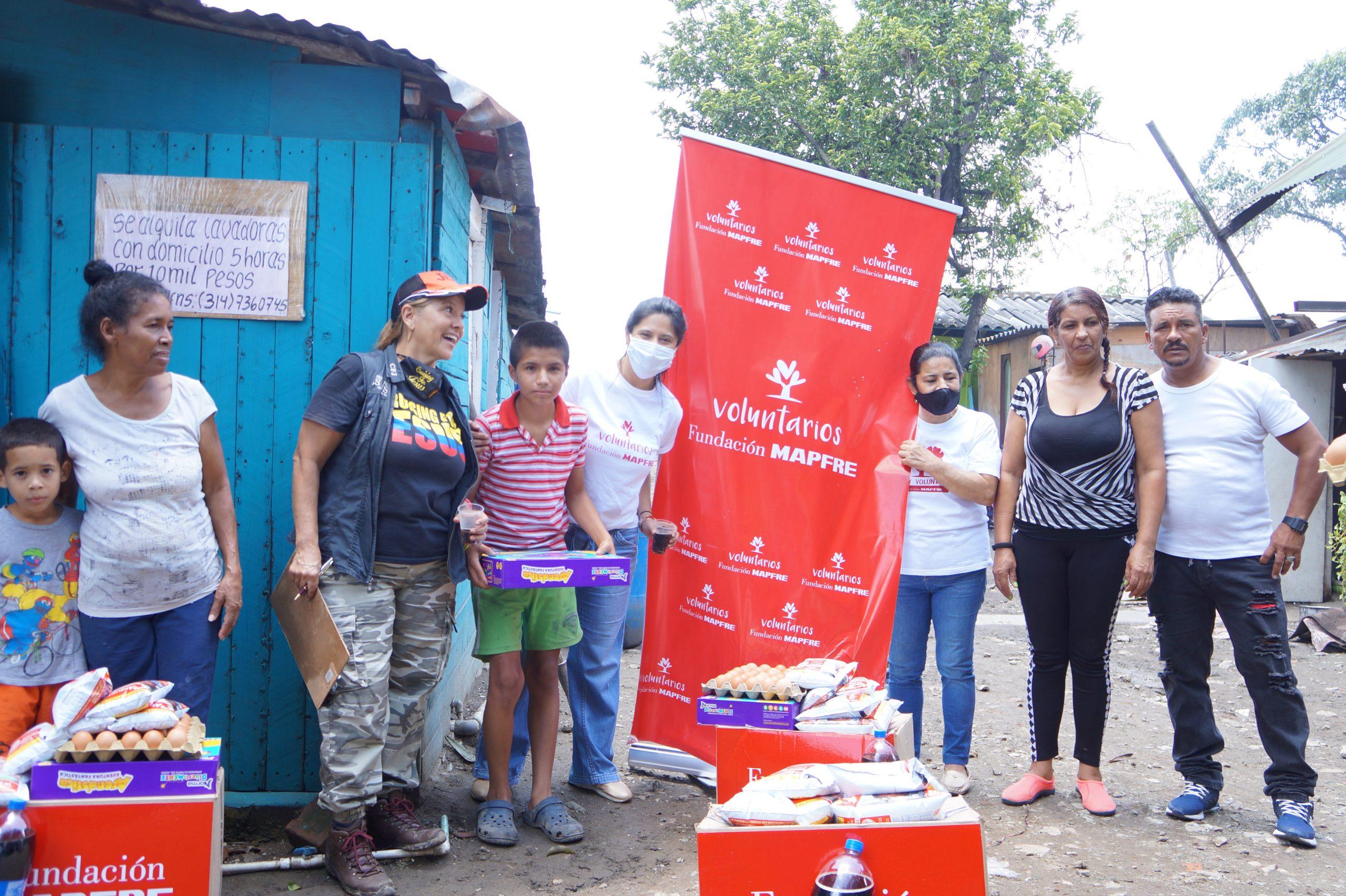 Entrega Donaciones Mapfre corregimiento Piles Fundación Cruising for Jesus (18)