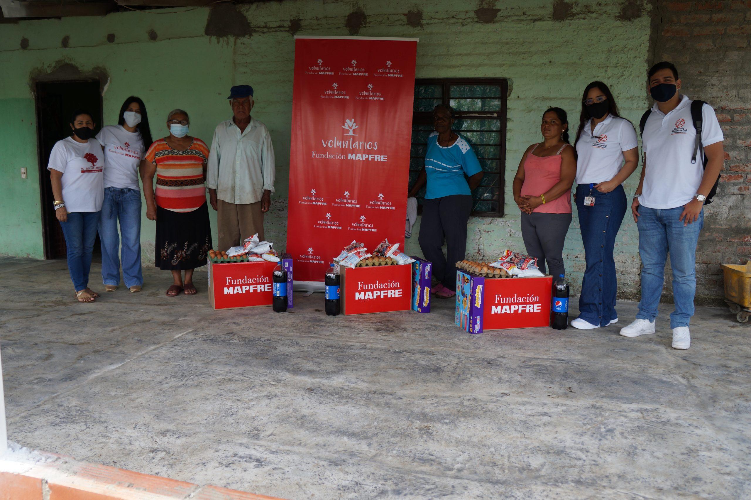 Entrega Donaciones Mapfre corregimiento Piles Fundación Cruising for Jesus (2)
