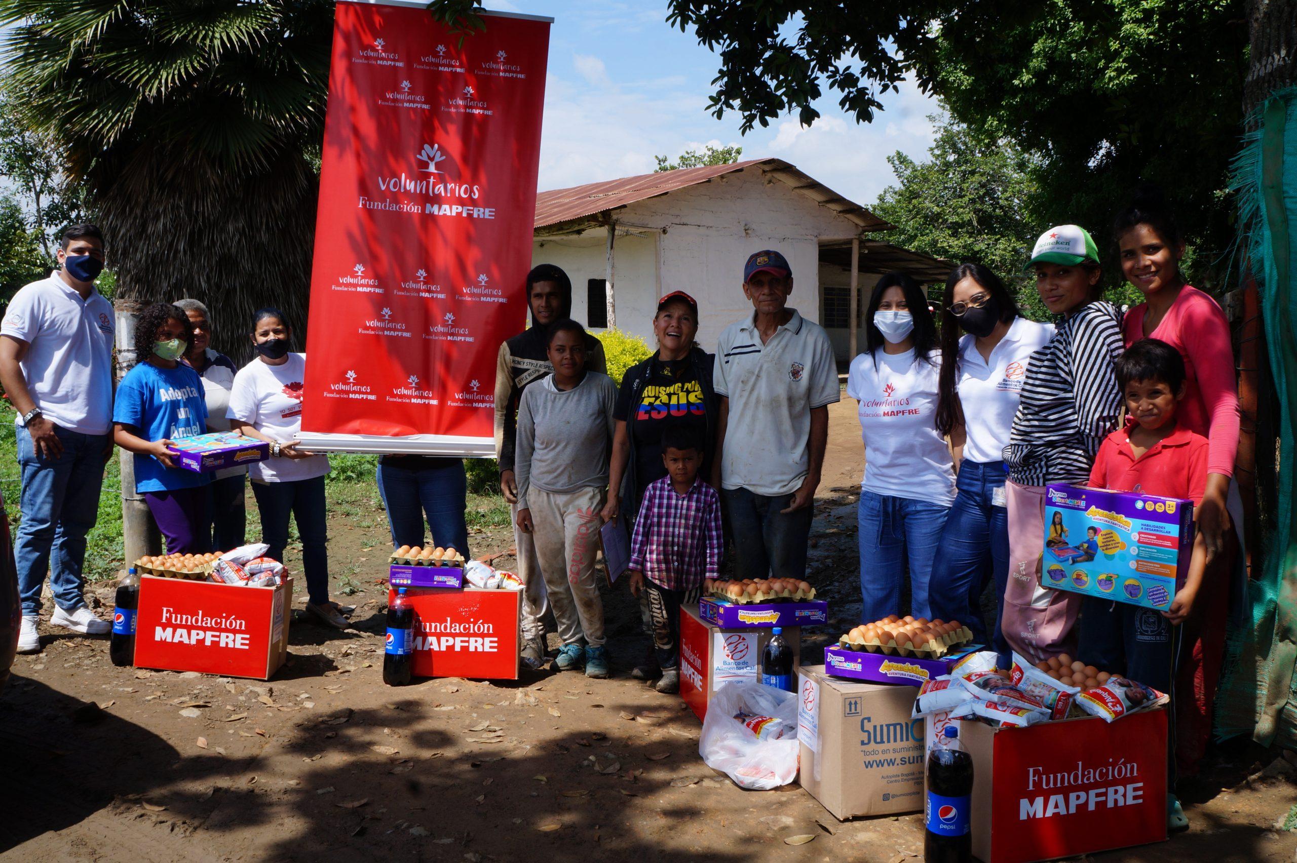 Entrega Donaciones Mapfre corregimiento Piles Fundación Cruising for Jesus (9)