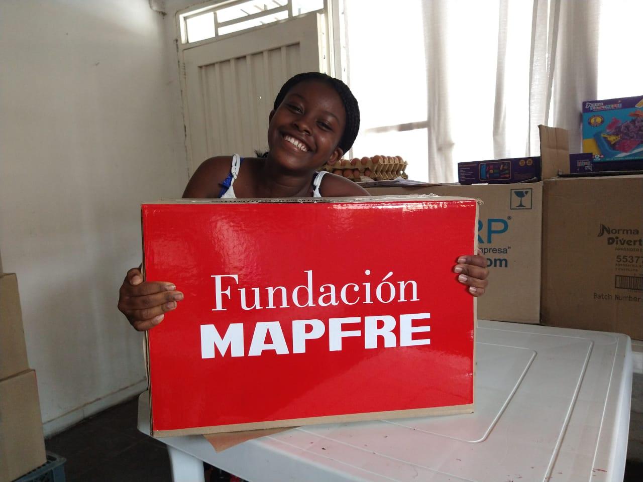 Entrega donación Fundación Canto Alabanza (18)