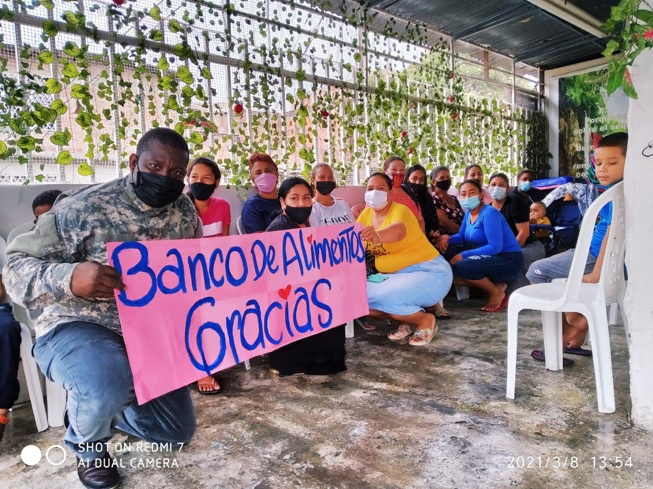 Entrega donación Fundación Canto Alabanza (23)